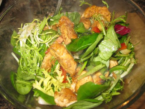 Salad with Balsamic Vinaigrette, Red Bell Pepper, Basil, and Chicken