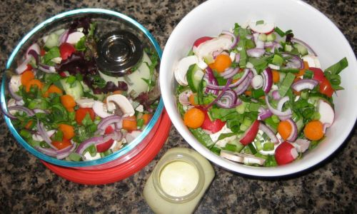 Recipe for Salad with Sour Cream Ranch Dressing, Deli Meat, Cucuber, Radishes, and Cherry Tomatoes